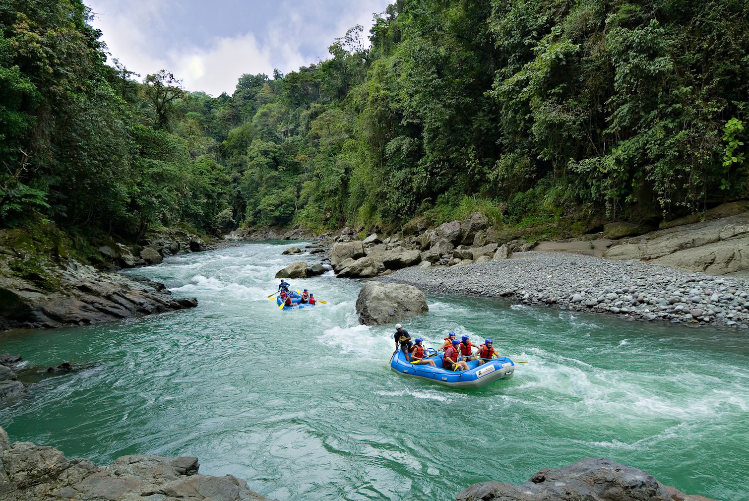 rafting-to-pacuare-lodge-costa-rica
