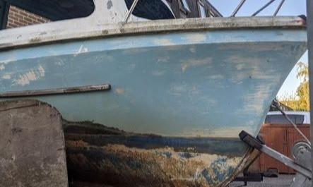 Boat Scum Photos Look Like Beautiful Paintings