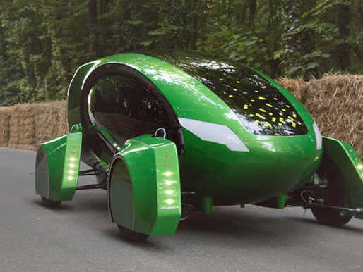Robot Cars Deliver Medicine in London