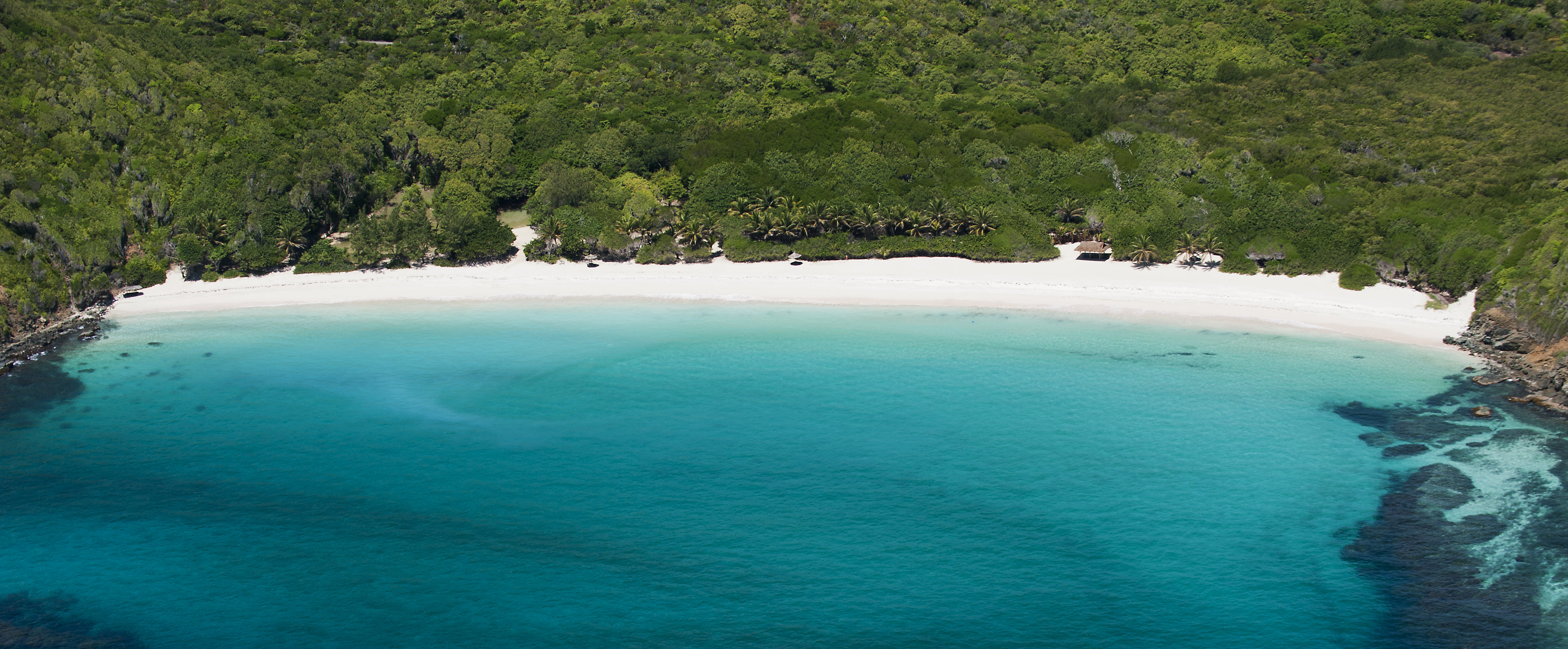 mustique-beach-aerial-view