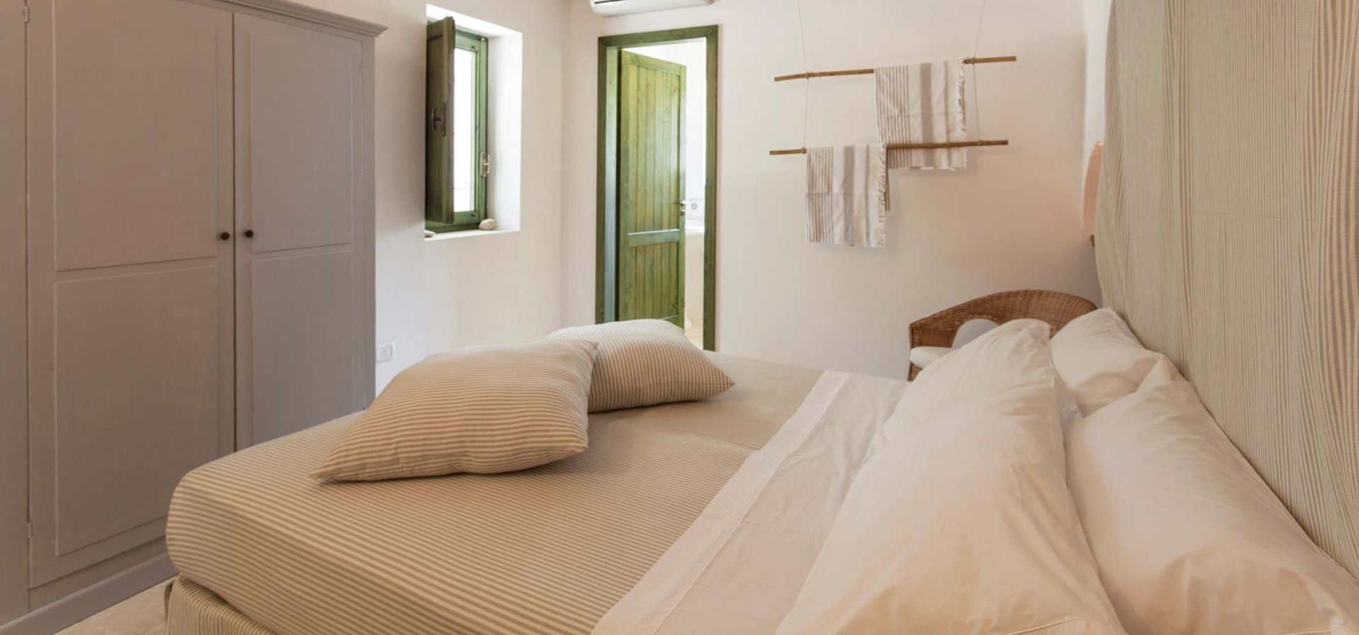 masseria-del-mare-cottage-bedroom