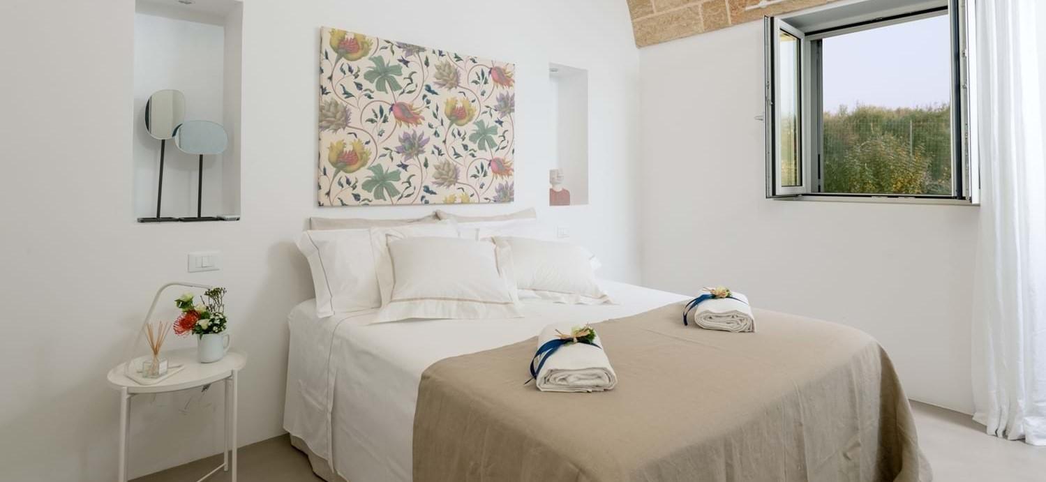 villa-la-pupazza-double-bedroom-3