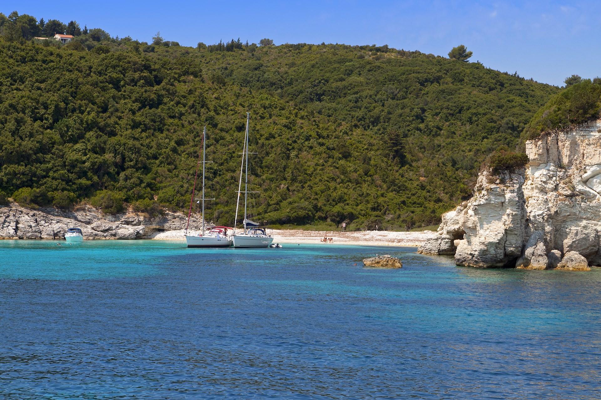 voutoumi-beach-antipaxos