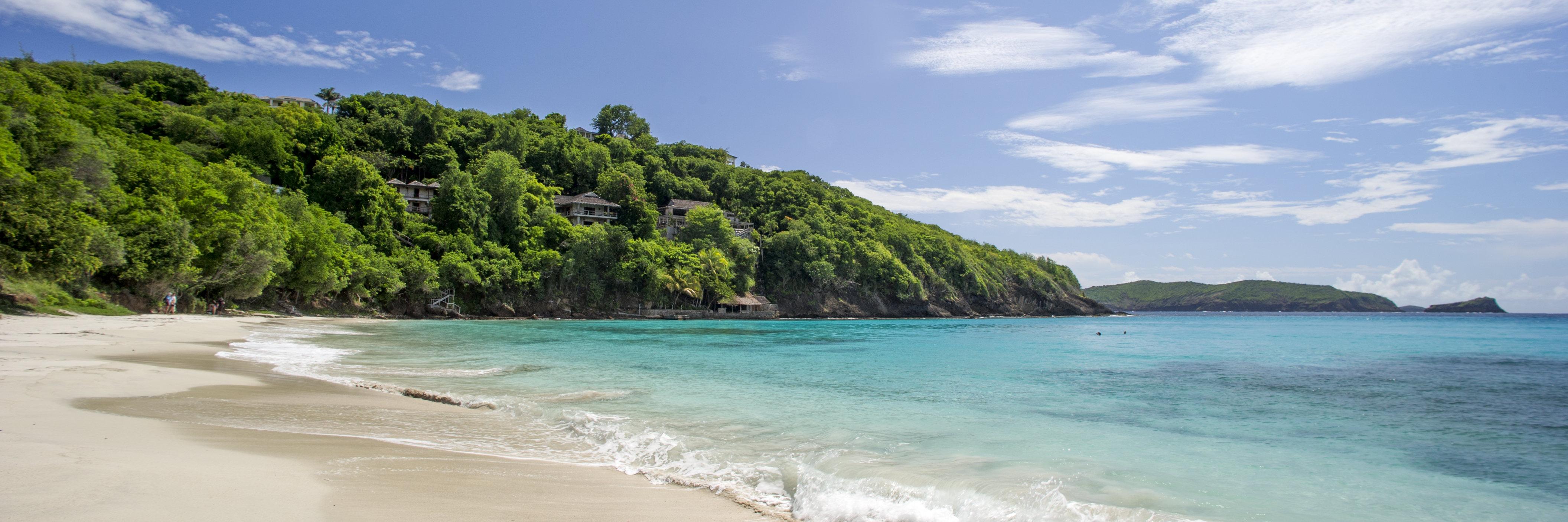 cotton-house-mustique-beach