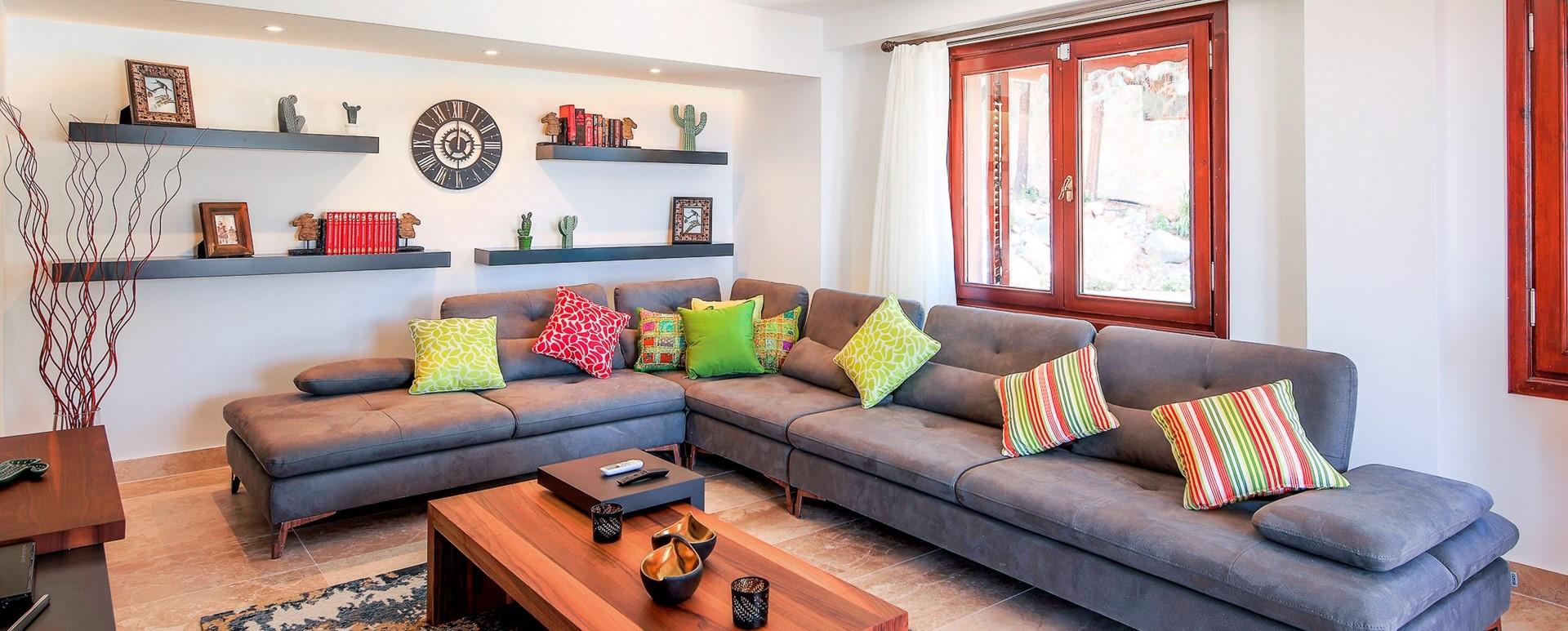 villa-caria-kalkan-tv-lounge