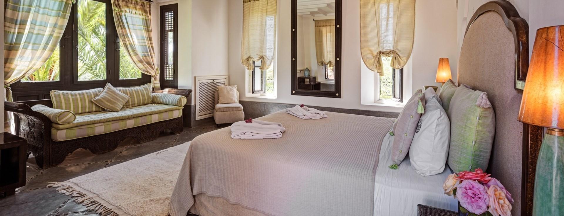 villa-dar-tamazerte-master-bedroom