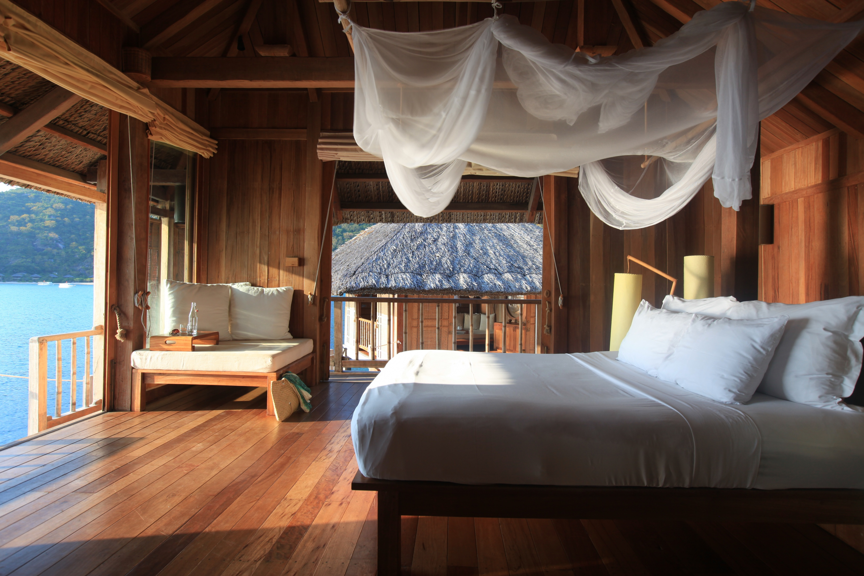 Water_Pool_Villa_Bedroom