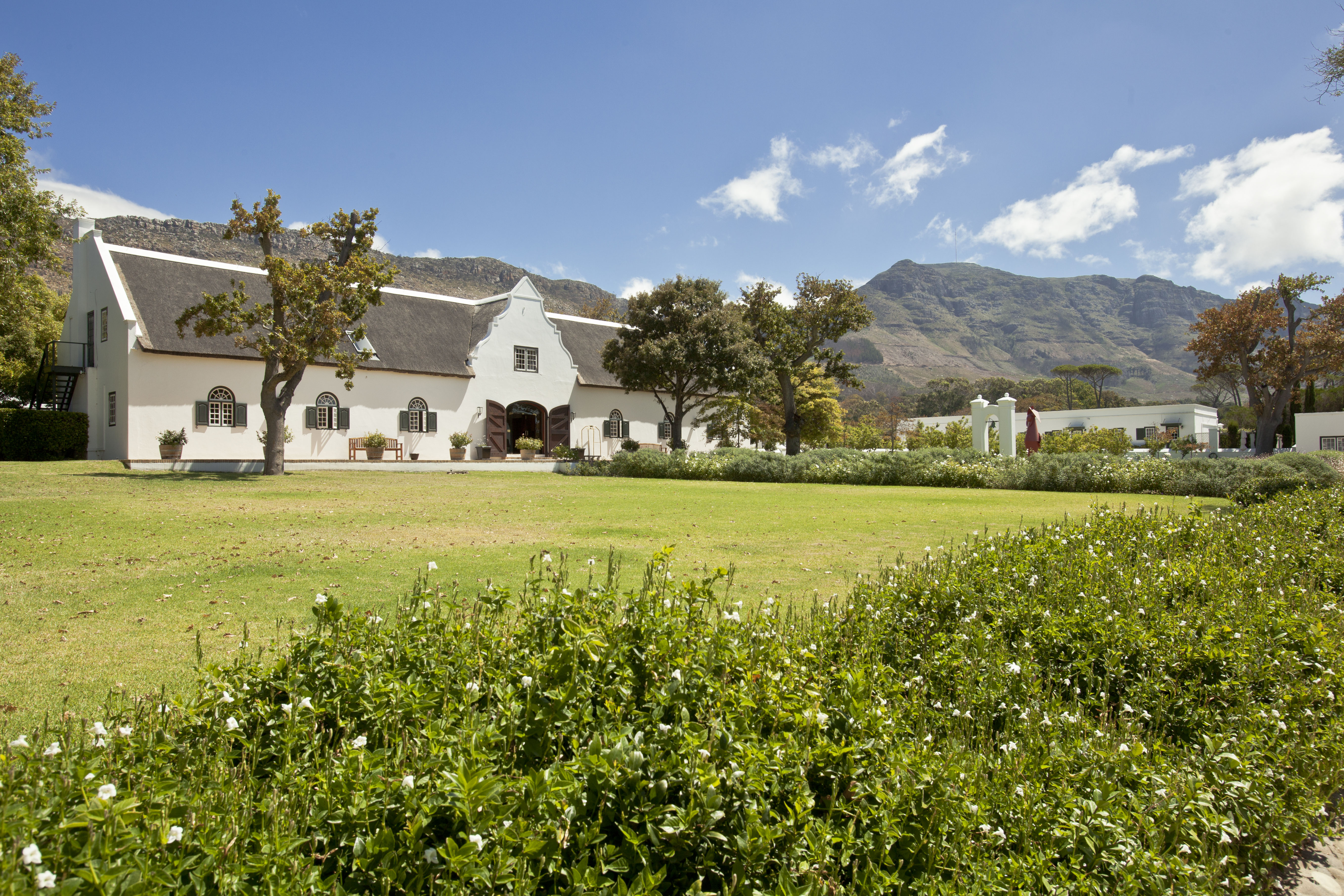 Steenberg-Hotel-Barn-Reception-building-