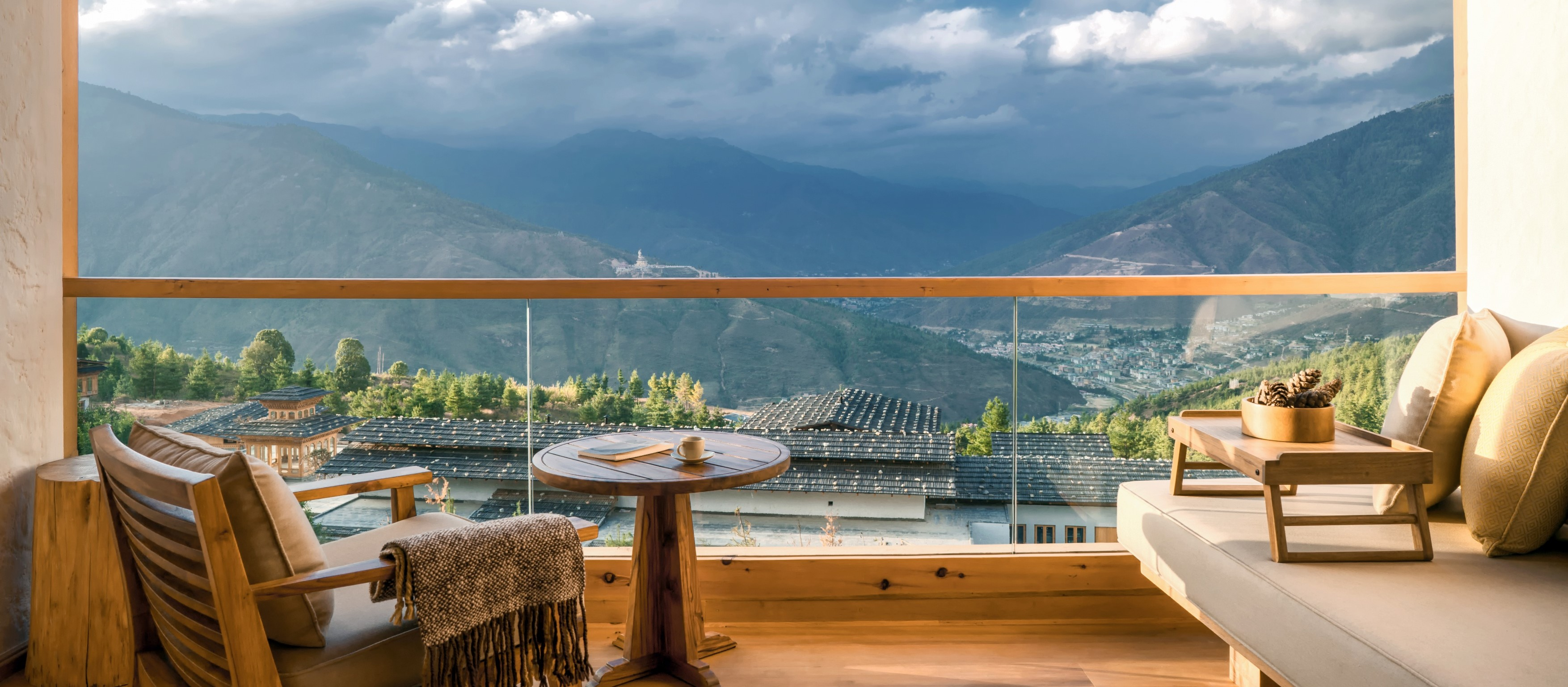 six-senses-thimphu-suite-balcony
