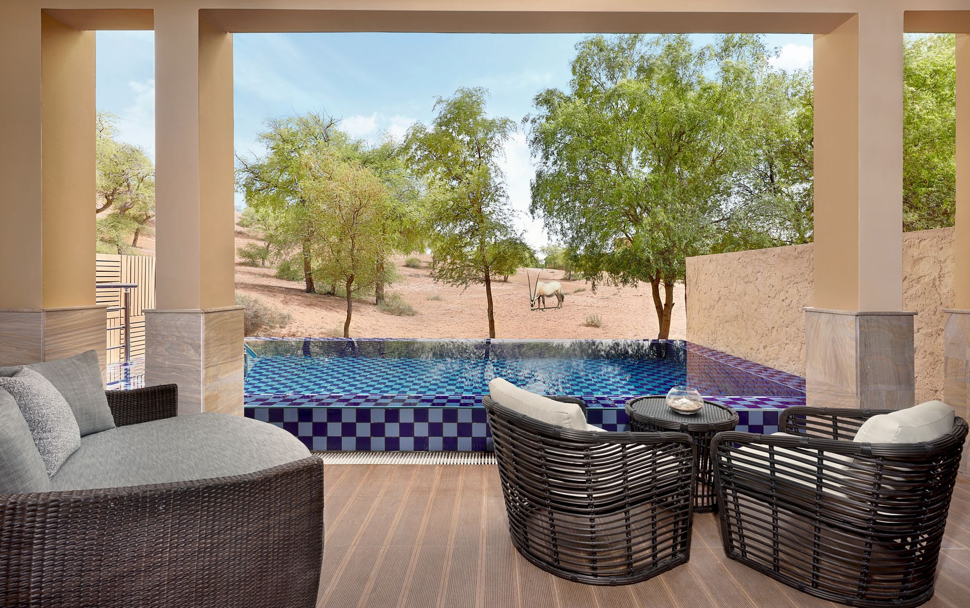 ritz-carlton-al-wadi-desert-suite