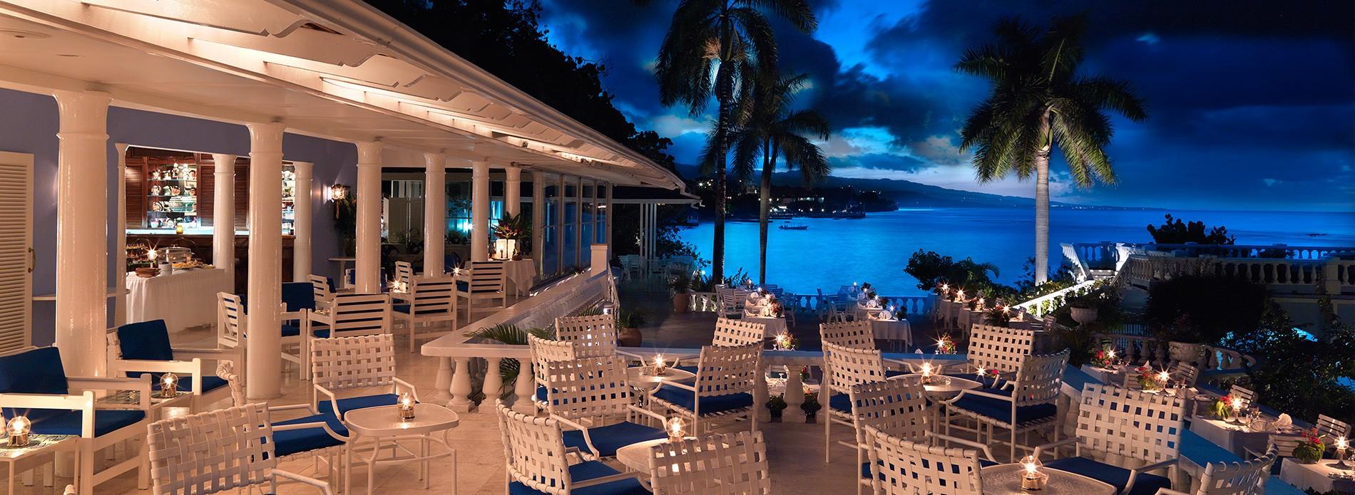 cocktail-terrace-jamaica-inn