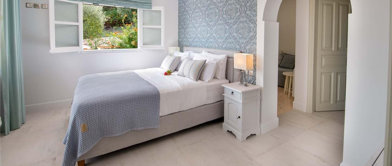 villa-rodi-corfu-double-bedroom-2