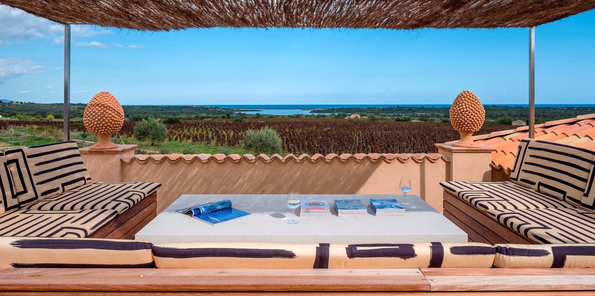 villa-dell-aquila-sicily-roof-terrace