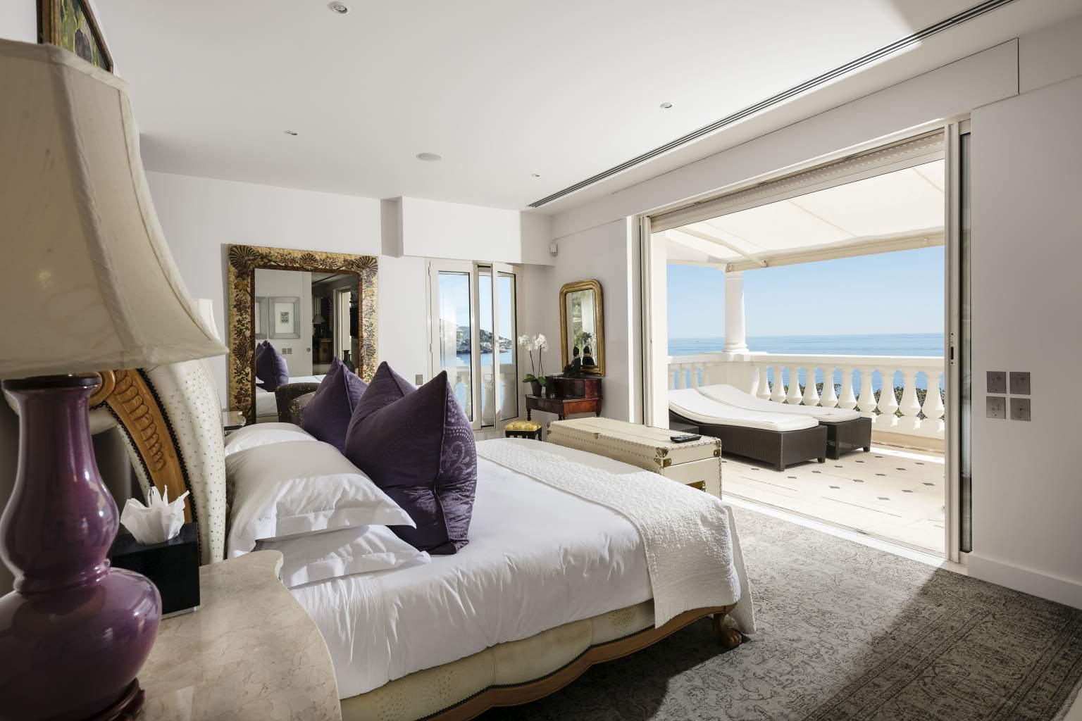 luxury-suite-cap-estel-hotel
