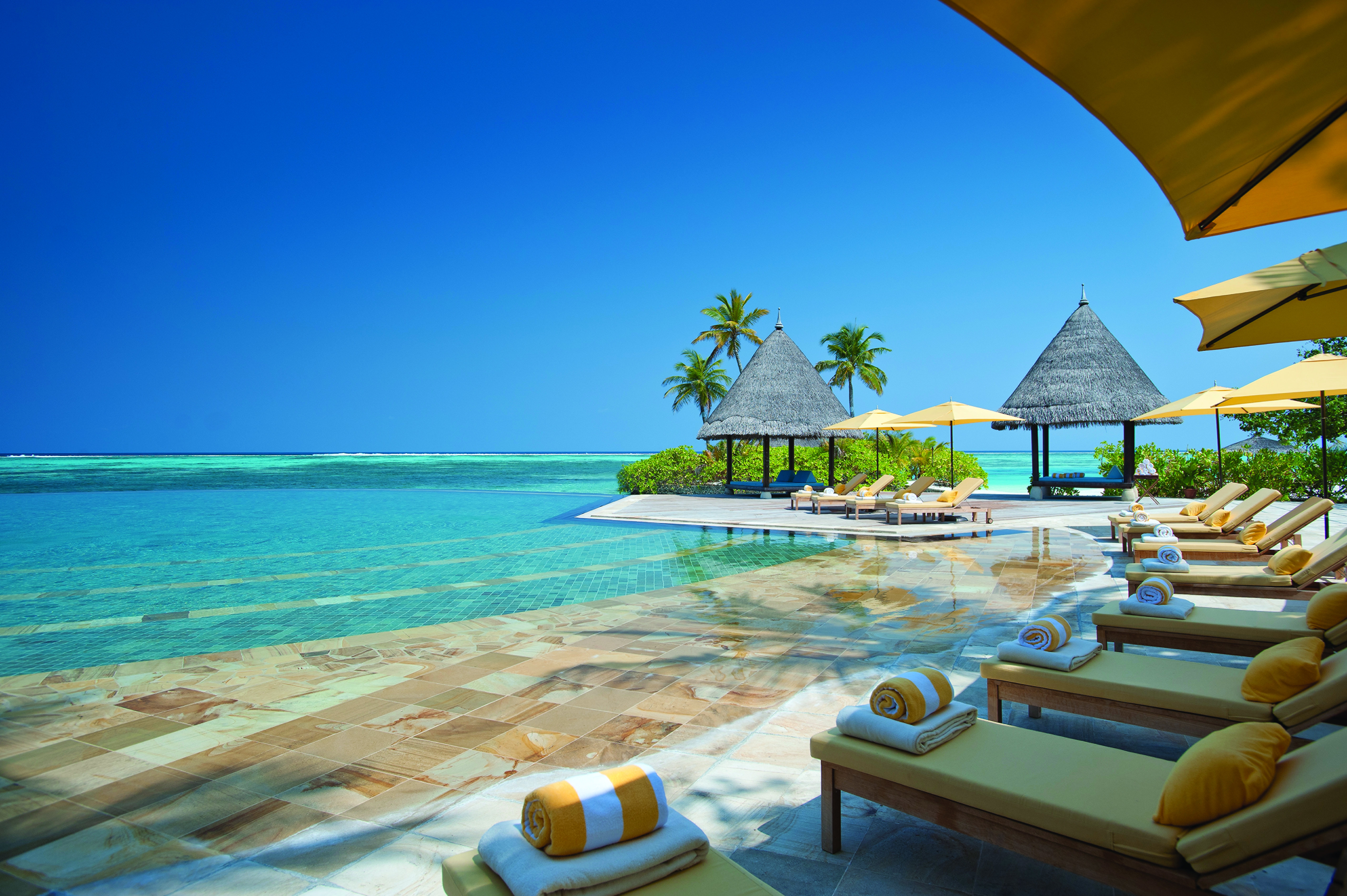 Four-Seasons-Maldives-Kuda-Huraa