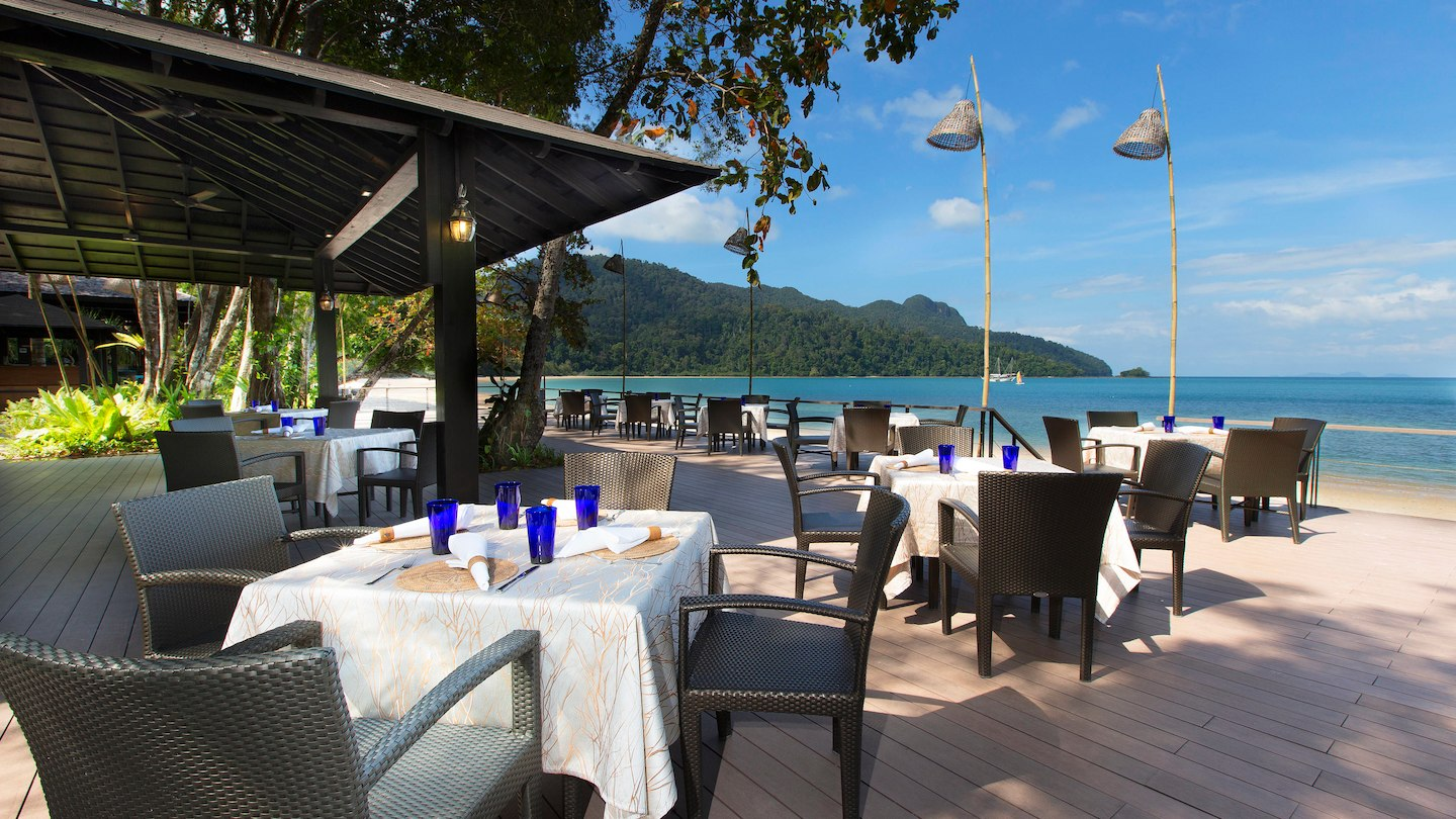 Tepian-Laut-Restaurant-The-Andaman