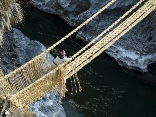Peruvians Weave Ancient Inca Bridge
