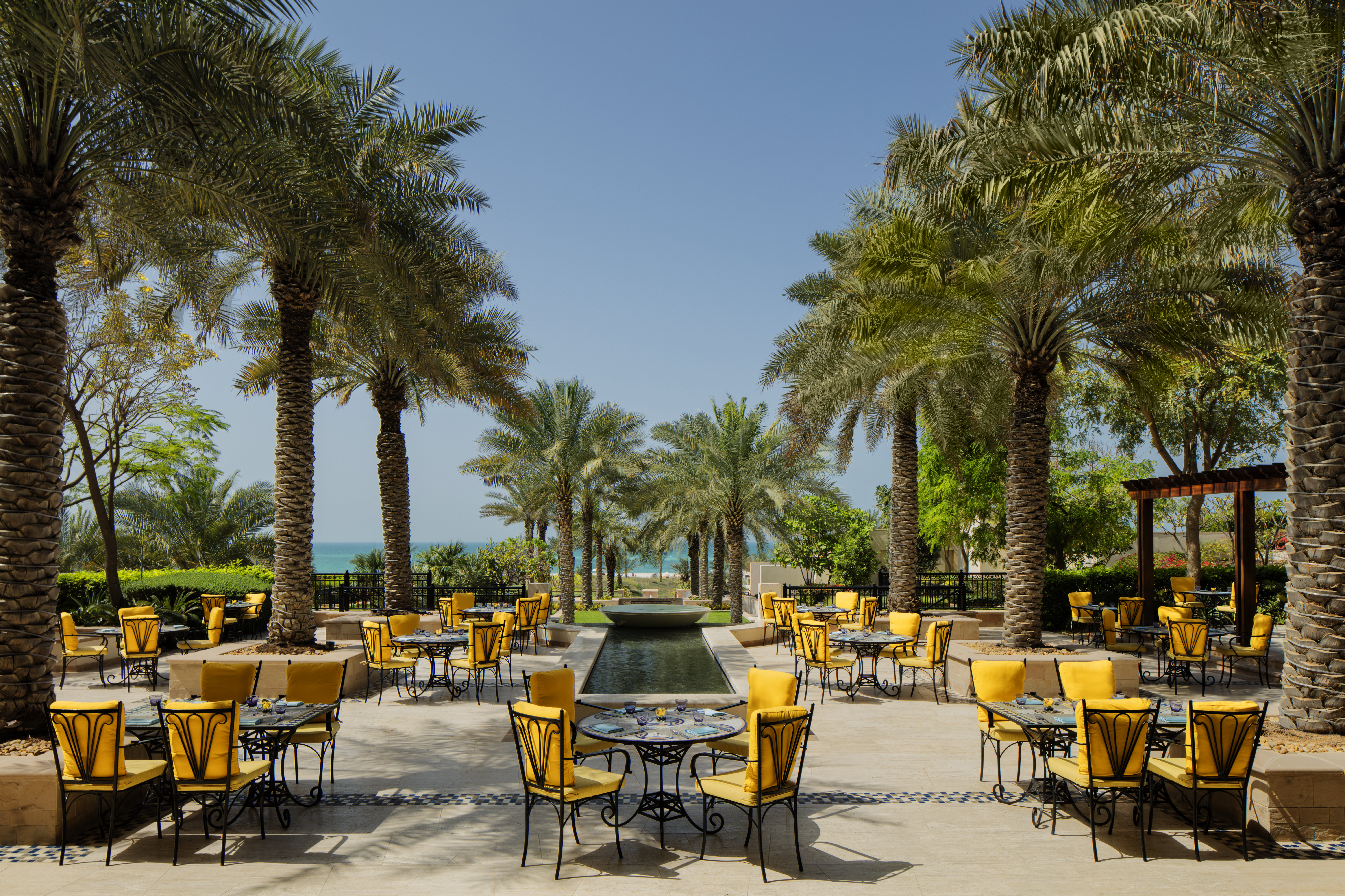 luxury-beach-resort-abu-dhabi