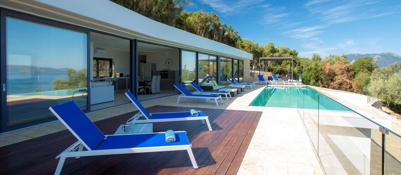 villa-saloma-meganissi-pool
