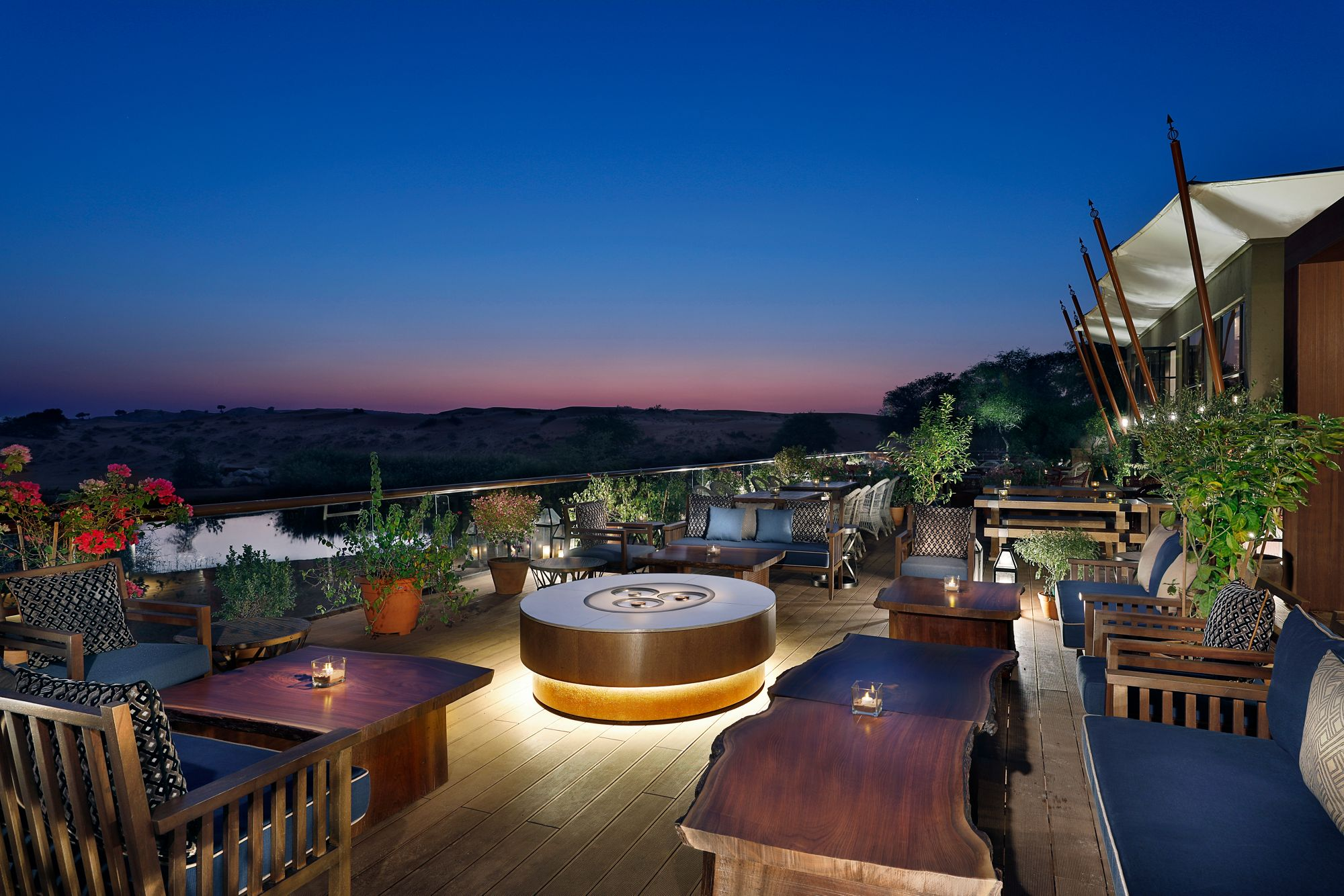 ritz-carlton-al-wadi-dining-terrace