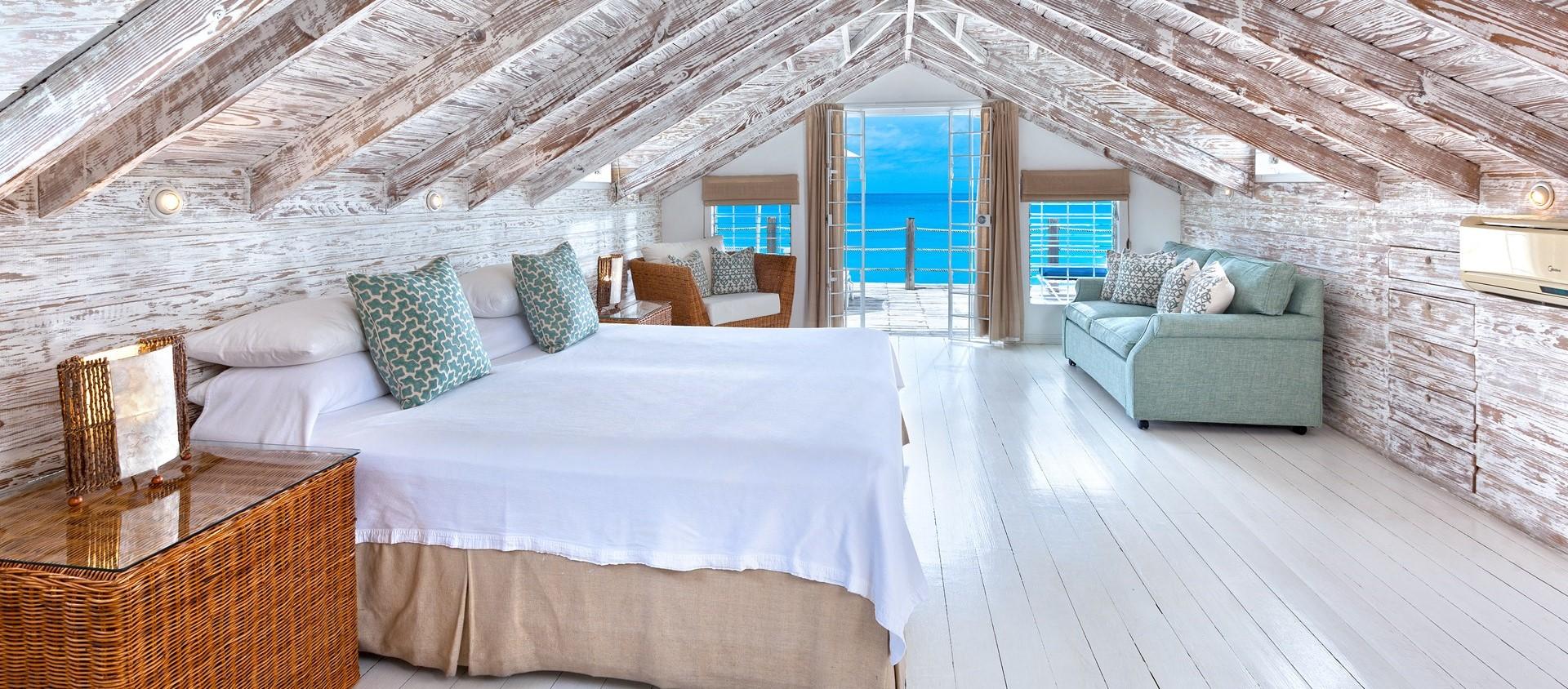 easy-reach-villa-master-bedroom