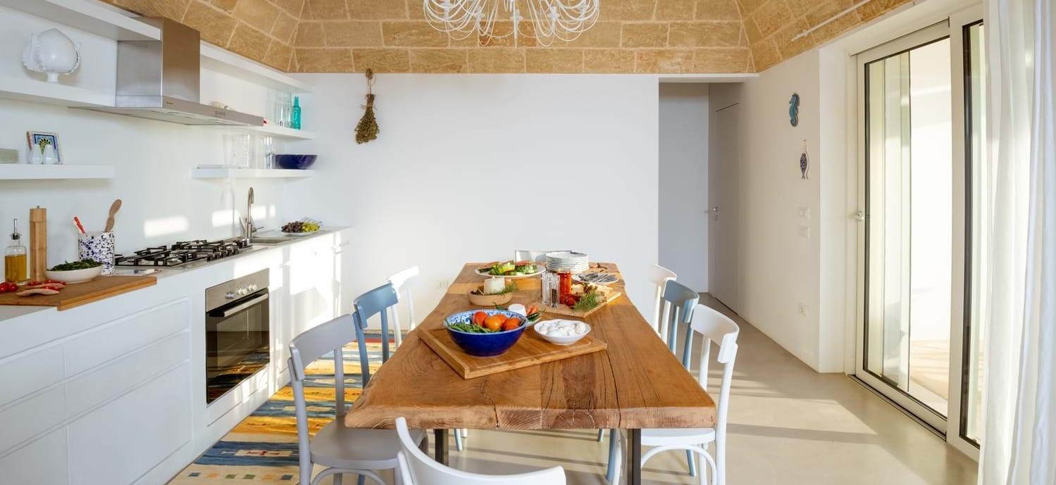 villa-la-pupazza-puglia-kitchen