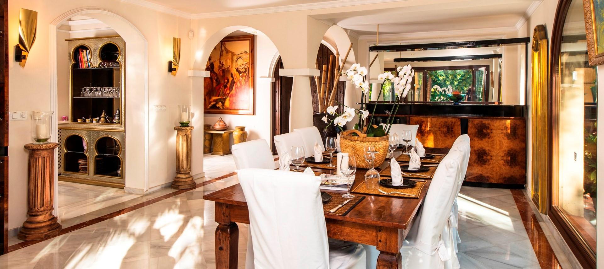 marbella-villa-dining-room