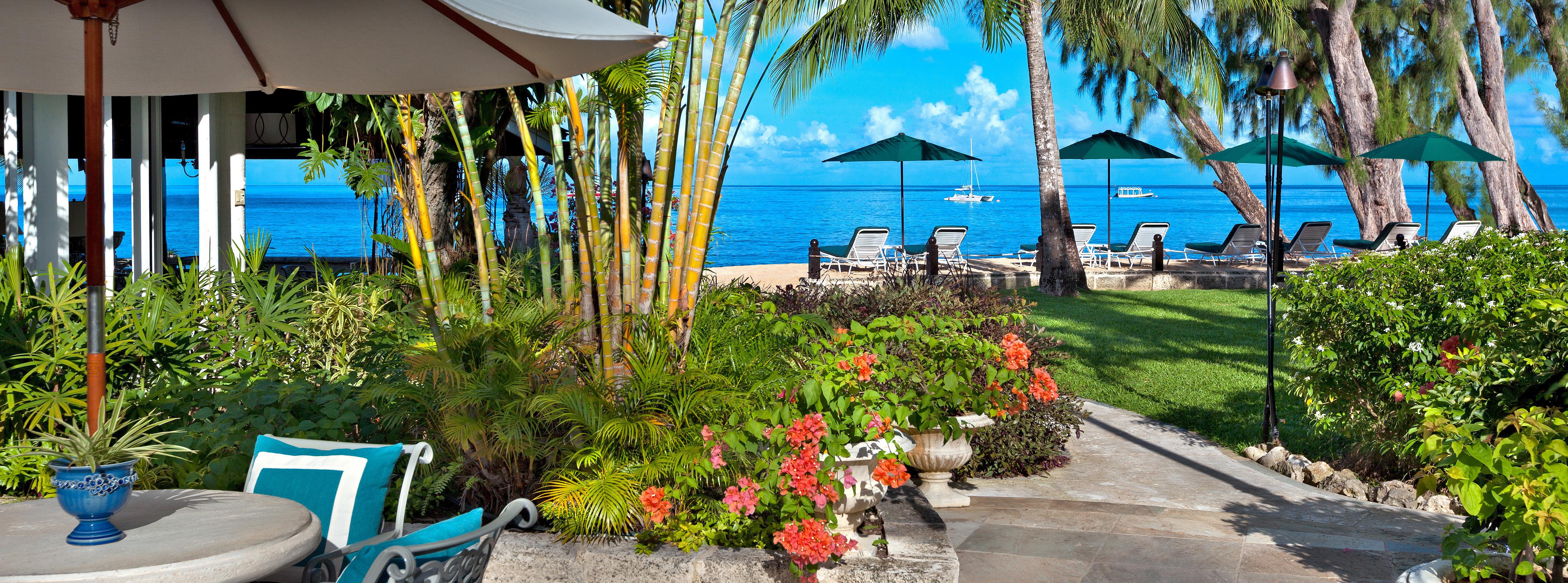 walkway-to-beach-coral-reef-club