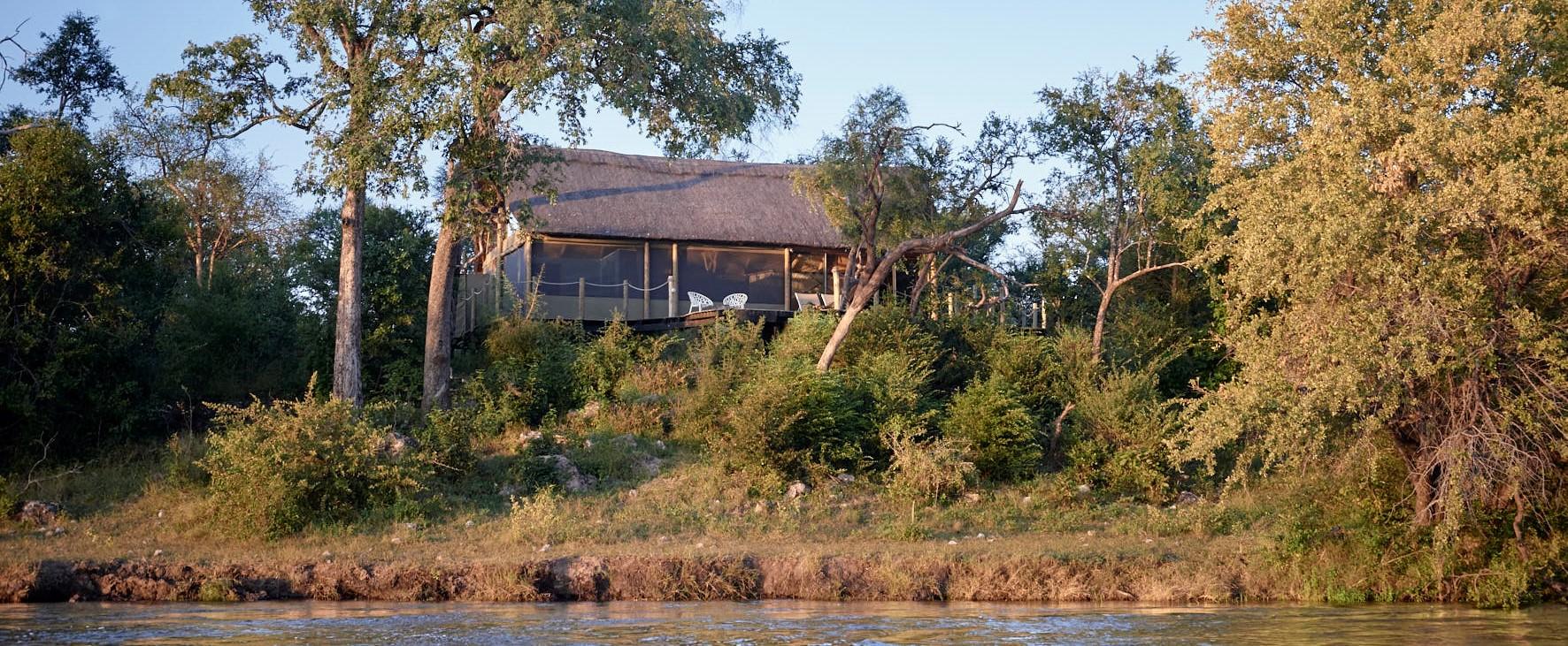 luxury-zambezi-lodge-victoria-falls