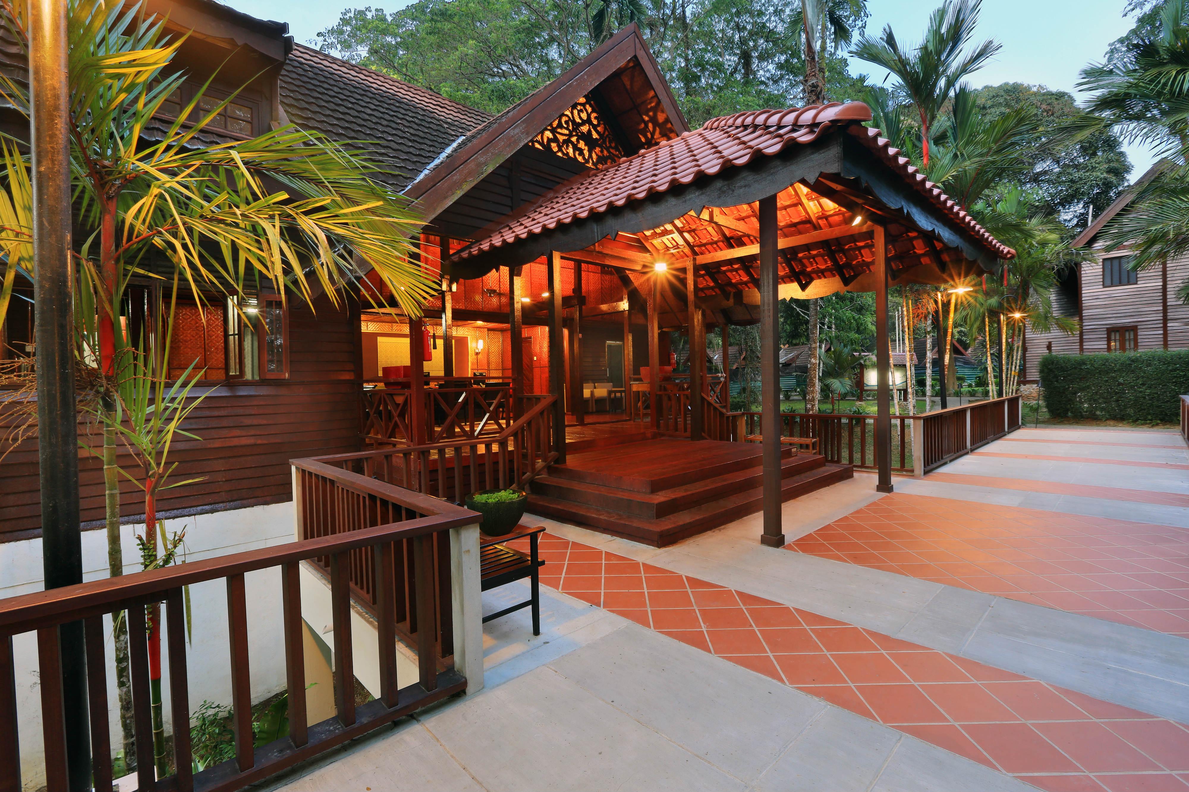 taman-negara-resort-lobby