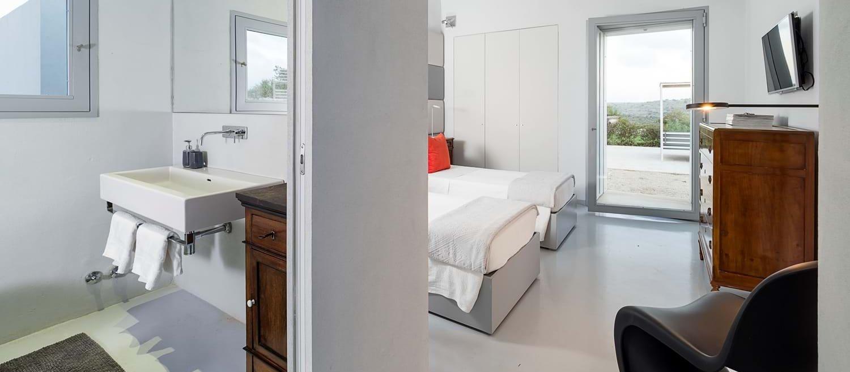 casa-iblea-sicily-twin-bedroom