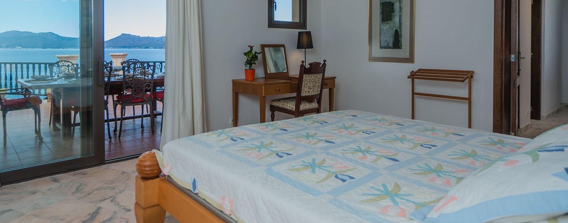 el-mirador-double-bedroom-1