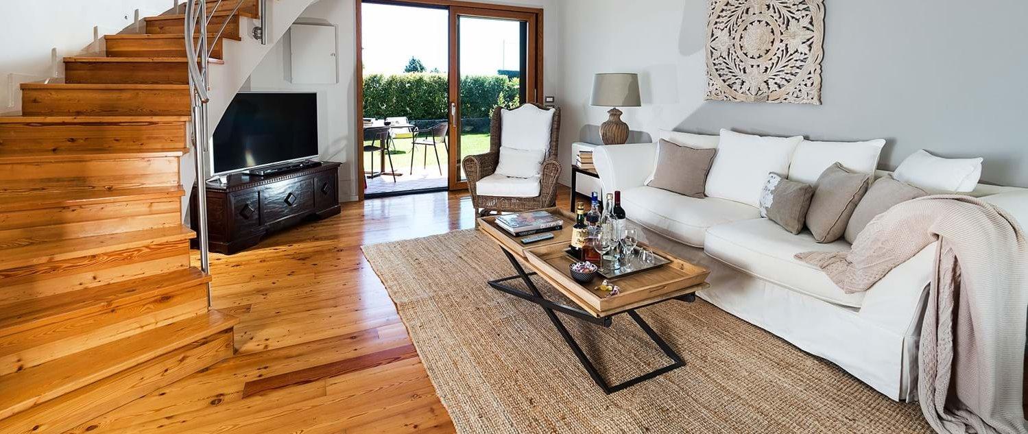 villa-trecastagni-living-room