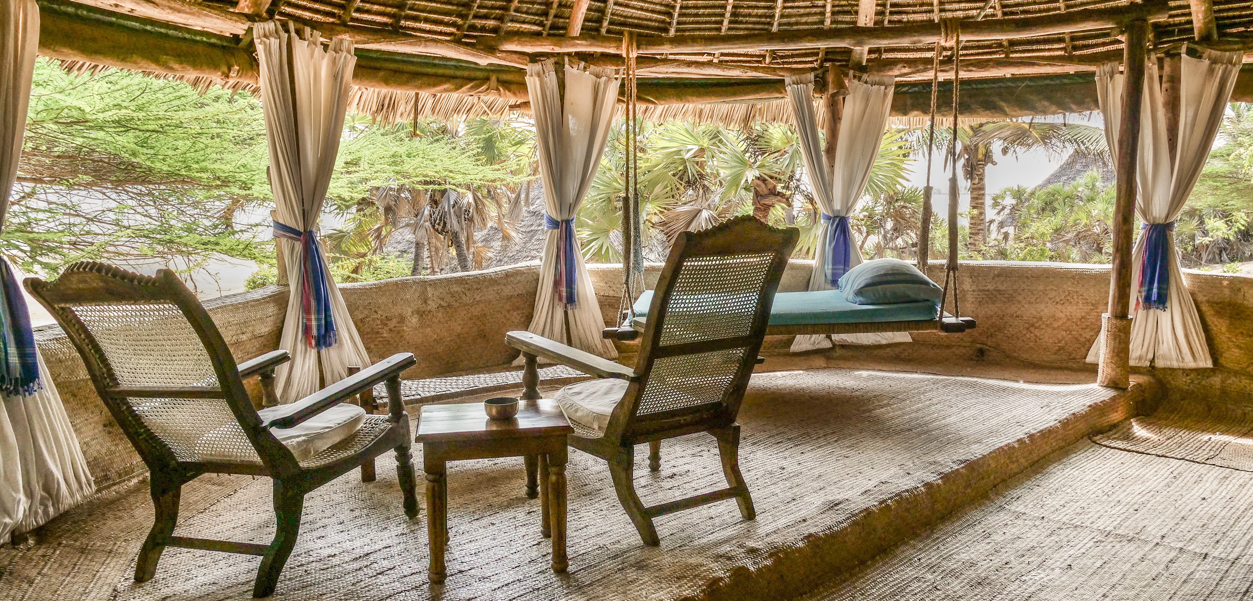 manda-bay-seaview-room-terrace