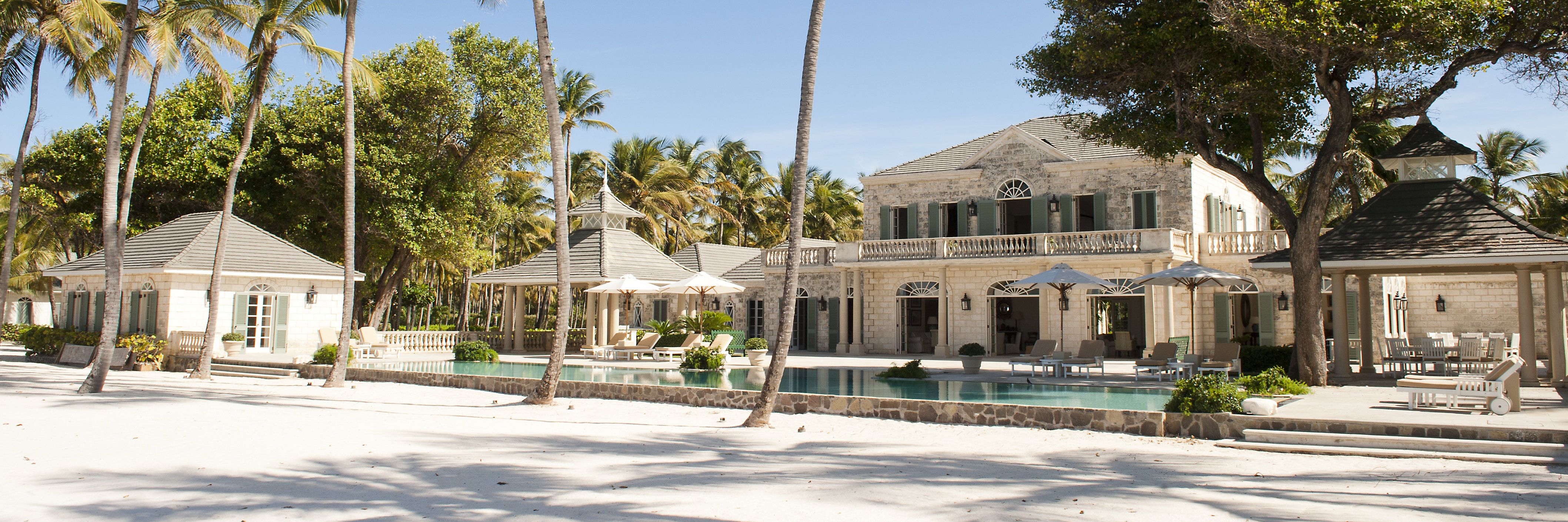 cotton-house-luxury-caribbean-hotel
