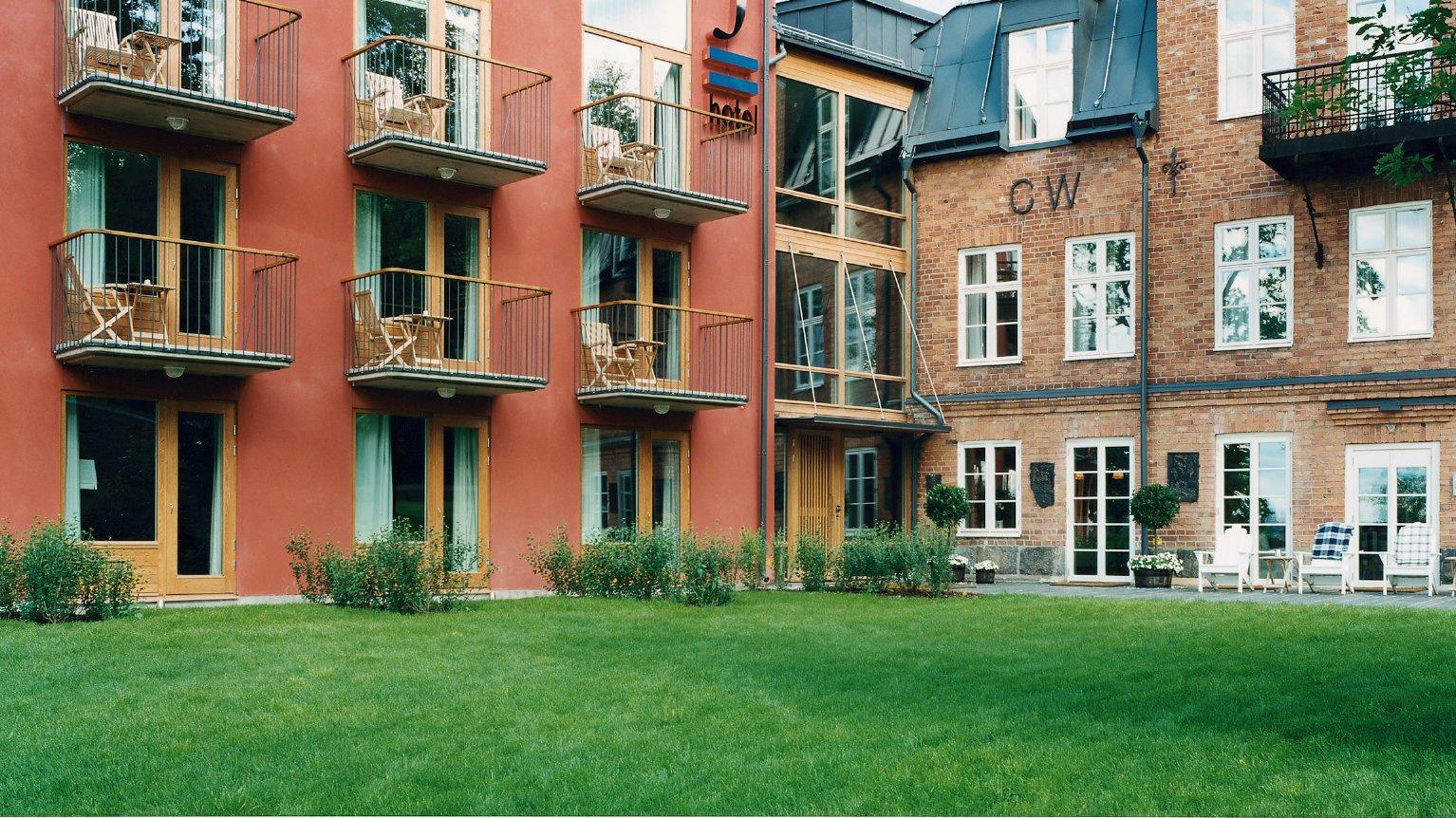 J_Hotel_Exterior_stockholm