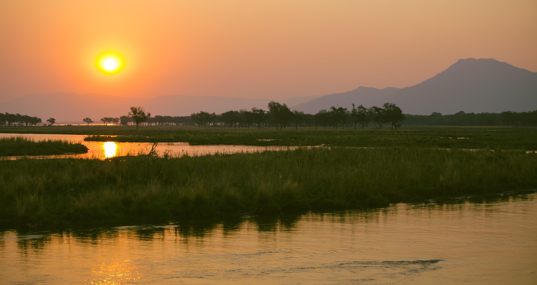 sunset-panorama-lower-zambezi