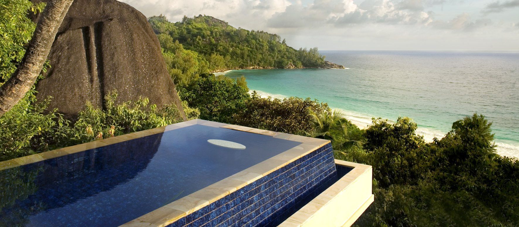 luxury-villa-resort-seychelles
