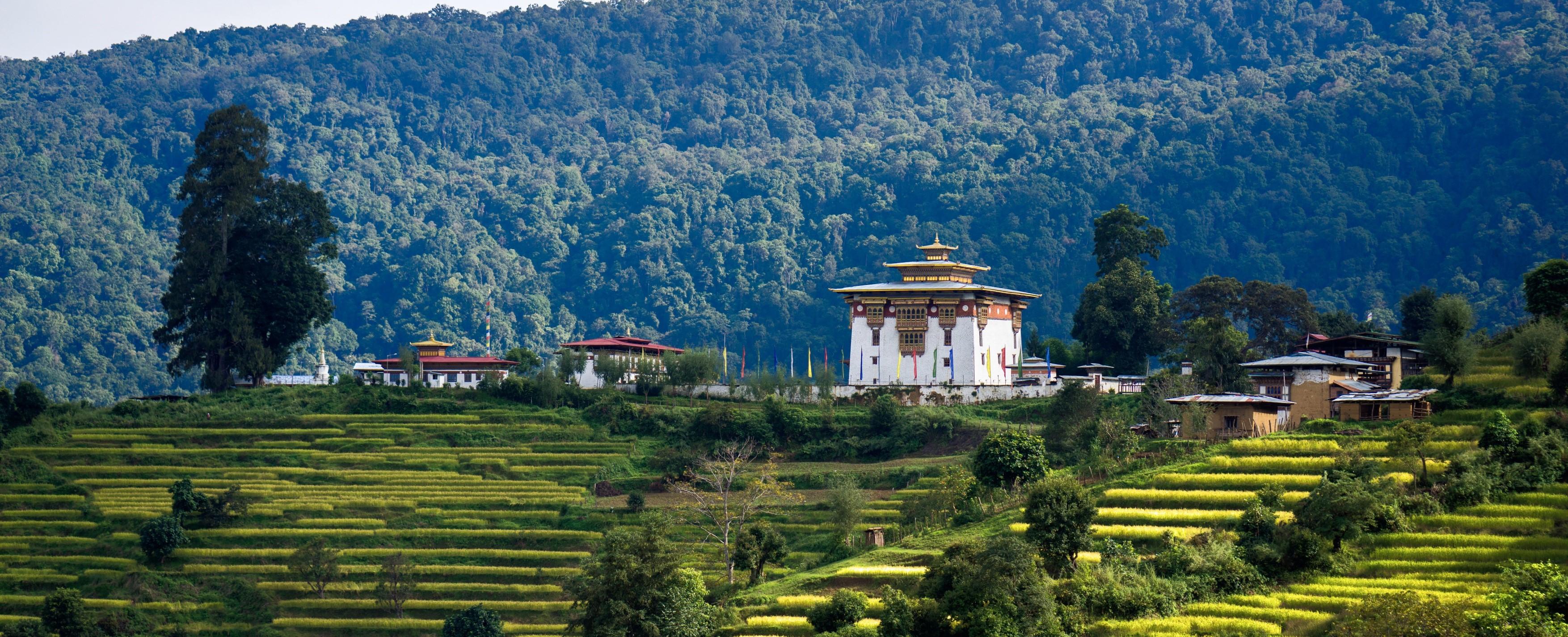 Chorten-Ningpo-Bhutan