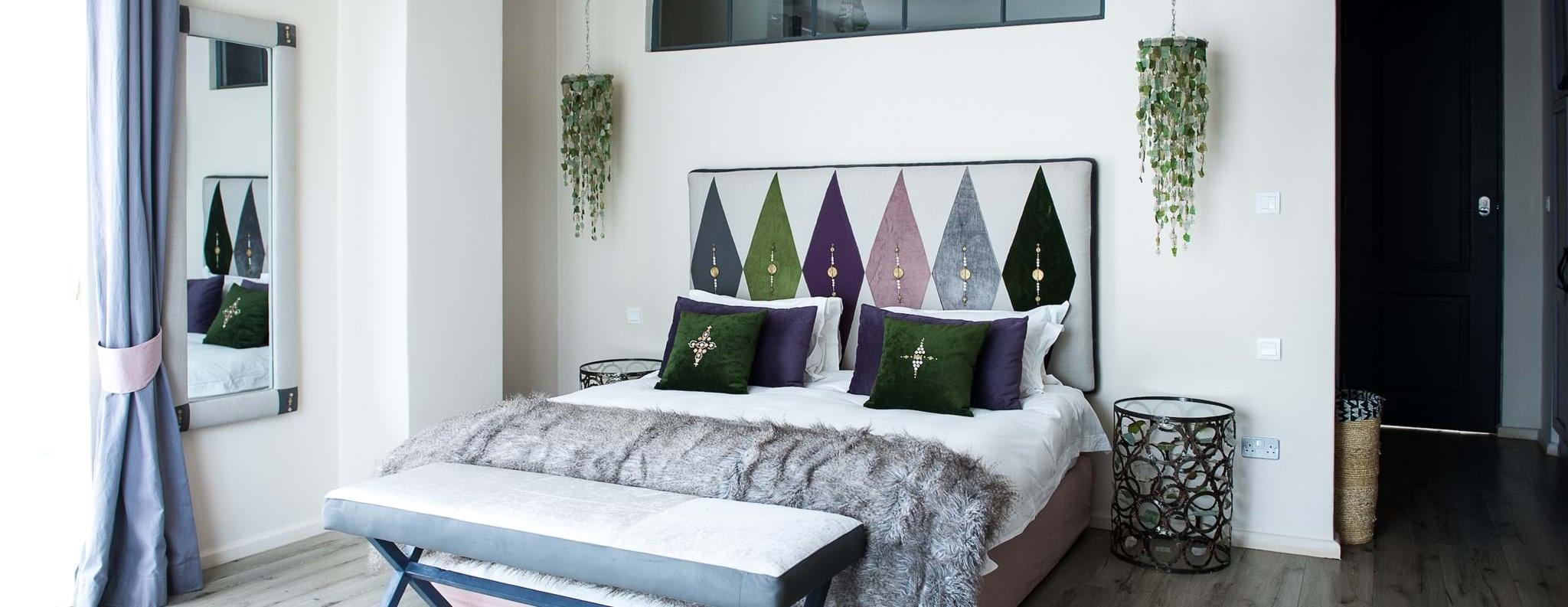 latitude-15-hotel-bedroom-suite