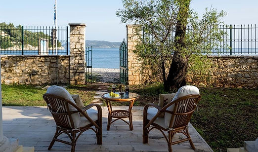 6-bed-familly-beach-villa-corfu.jpg