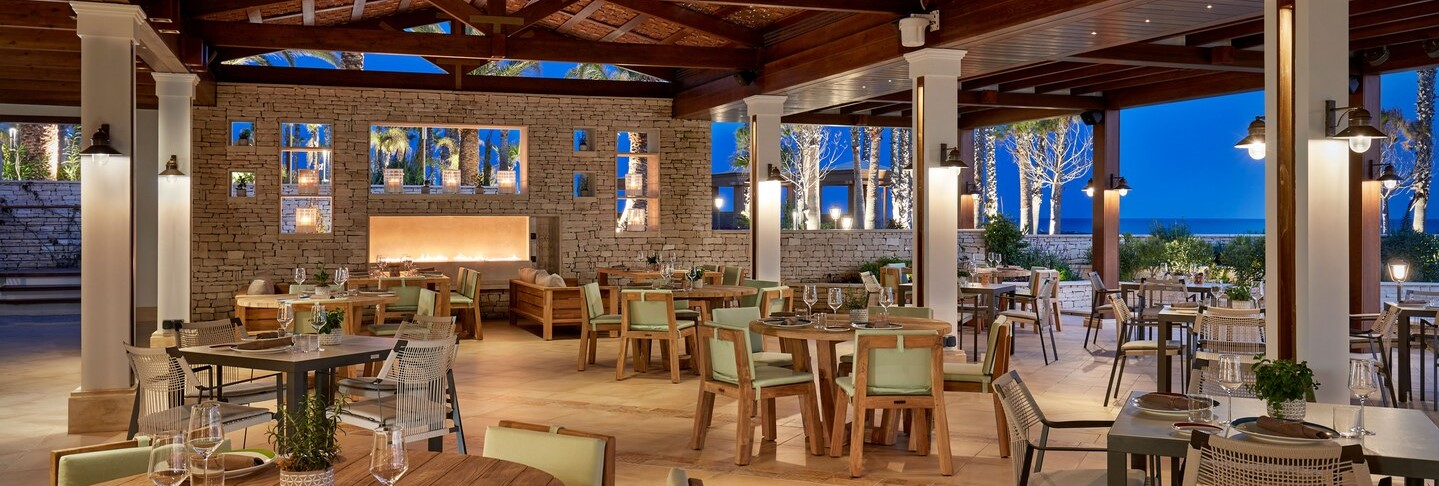 parklane-hotel-dafne-restaurant