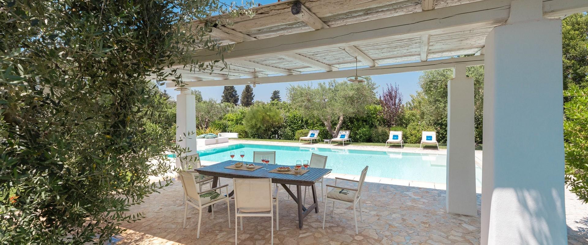 luxury-3-bed-villa-cisternino-puglia