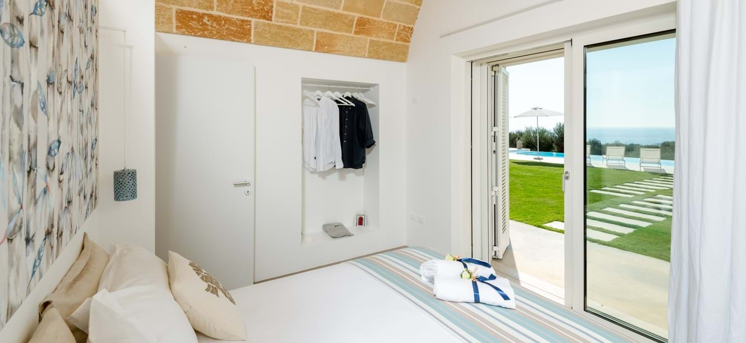 villa-la-pupazza-double-bedroom-1