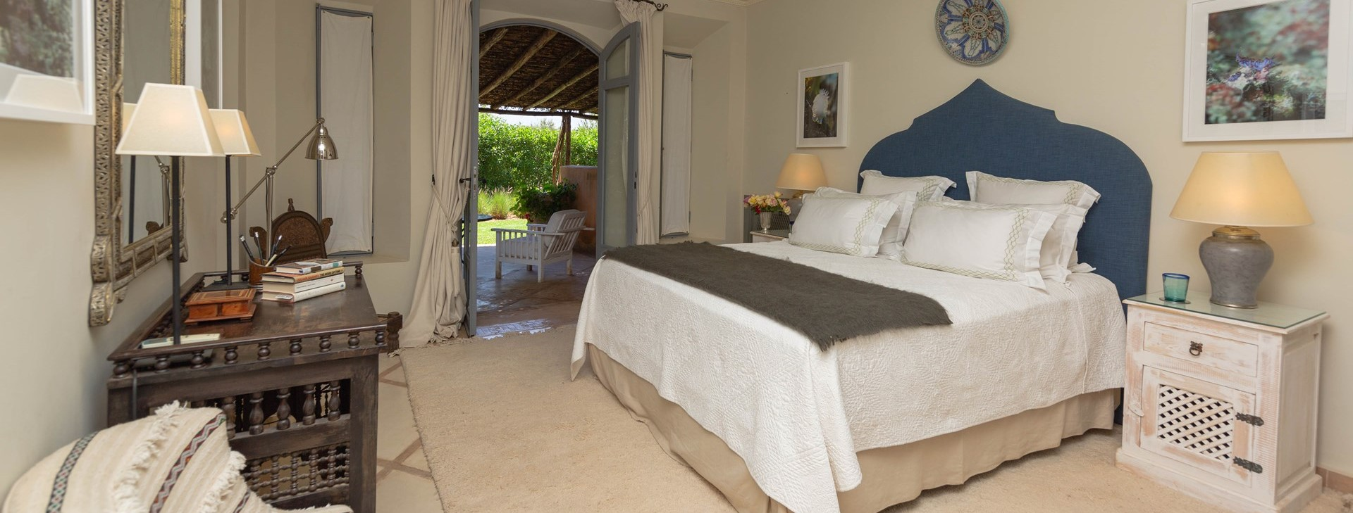 villa-dar-tourtite-double-bedroom-2