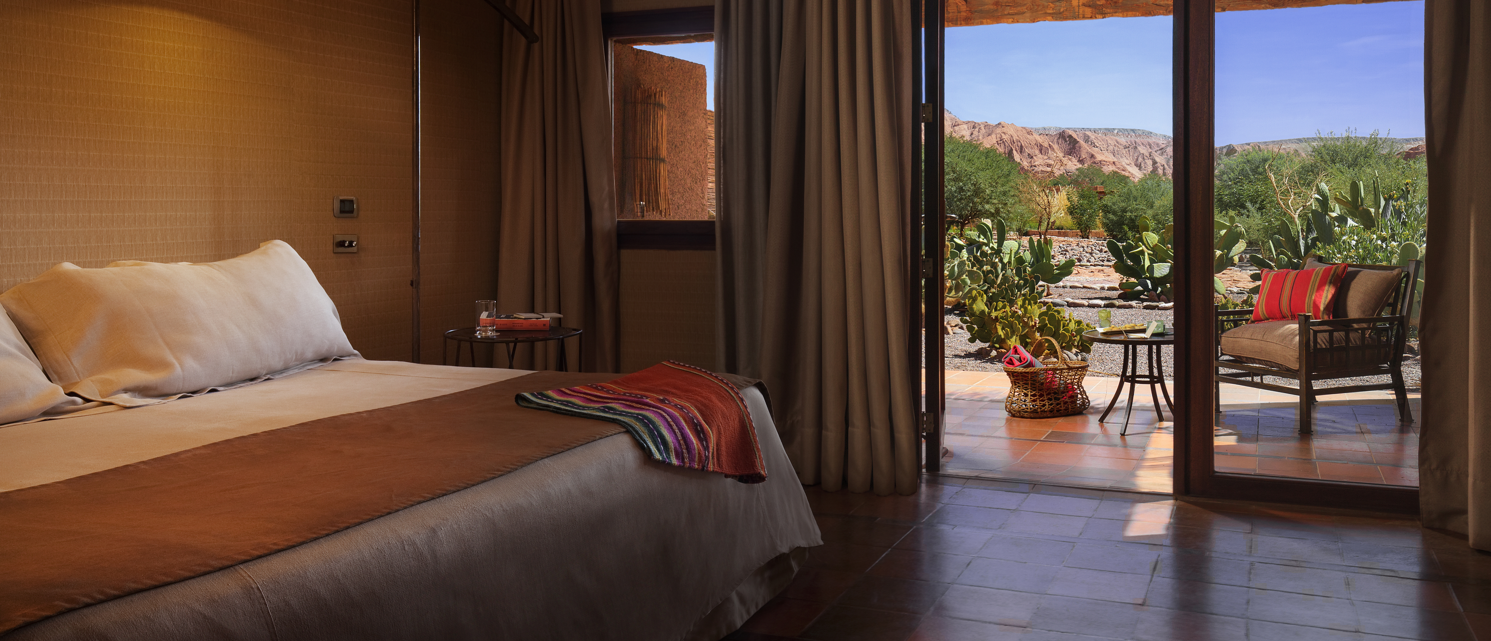 alto-atacama-desert-lodge-bedroom