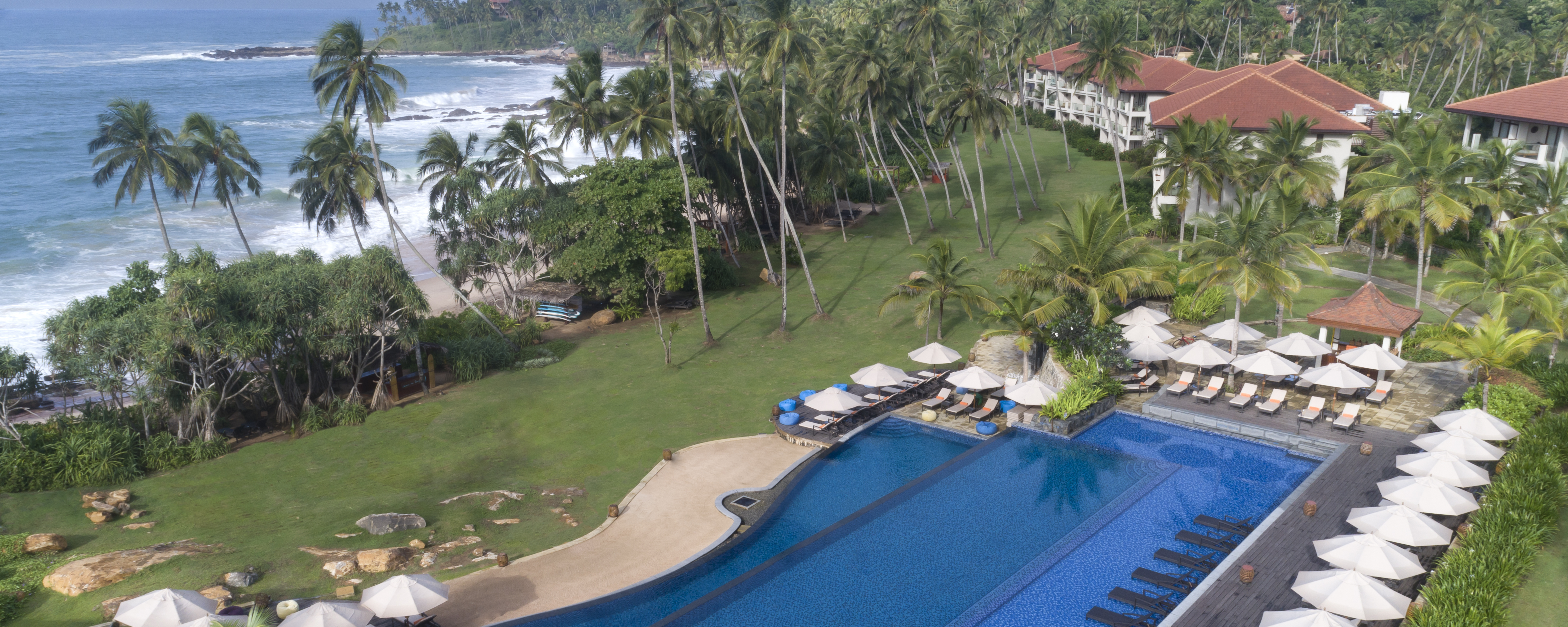 Aerial-view-anantara-peace-haven