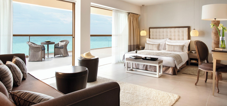 Sani_Beach_Junior_Suite