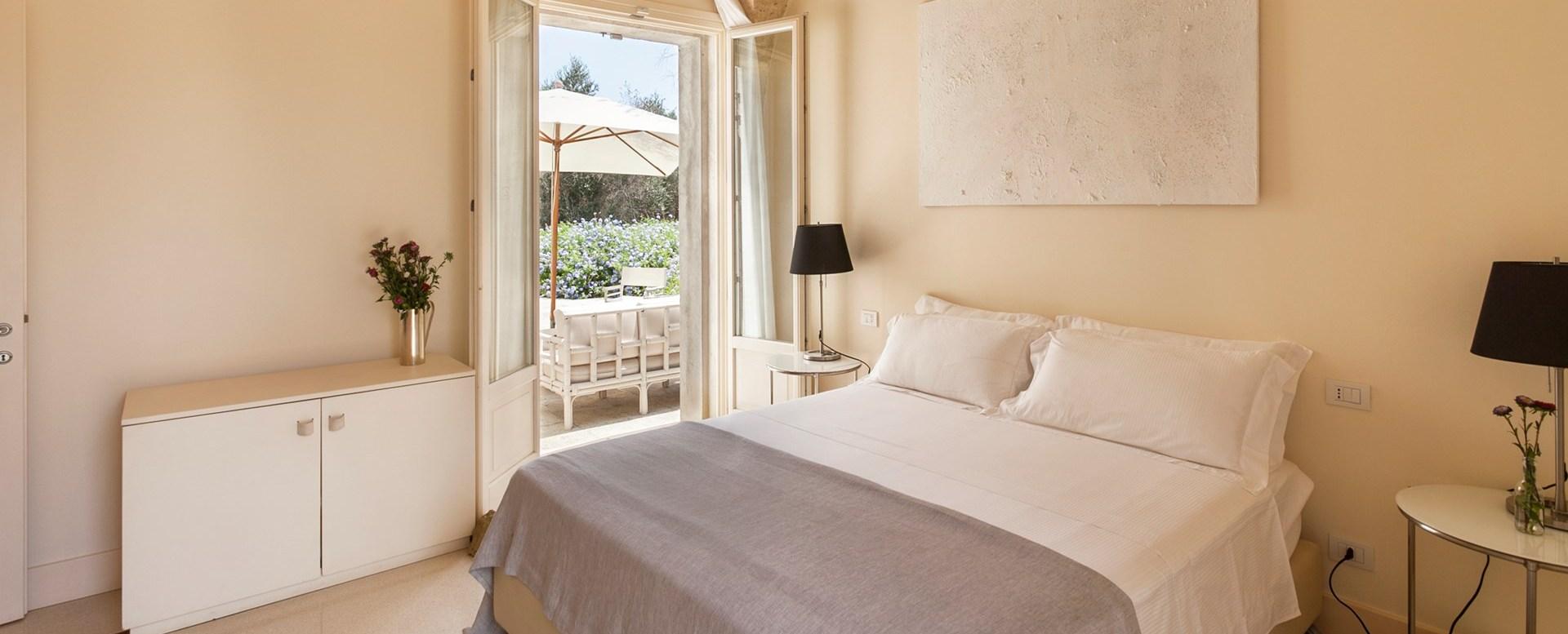 tre-ulivi-double-bedroom-2