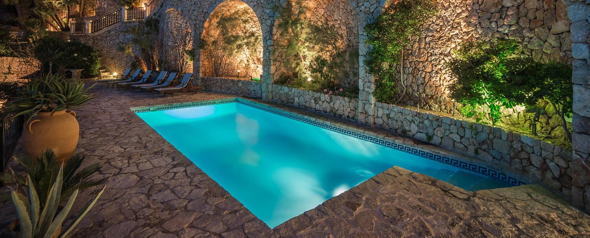 el-mirador-pool-at-night